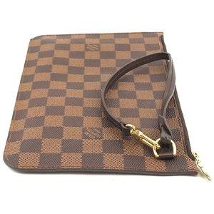 b372dd0e3e8d Louis Vuitton Bags - Neverfull Pochette Xl Wristlet Canvas Clutch